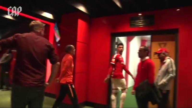 Vídeo mostra D'Alessandro irritado no intervalo da derrota para o Athletico