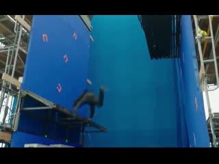 Как снимали сцену падения в Джон Уик 3