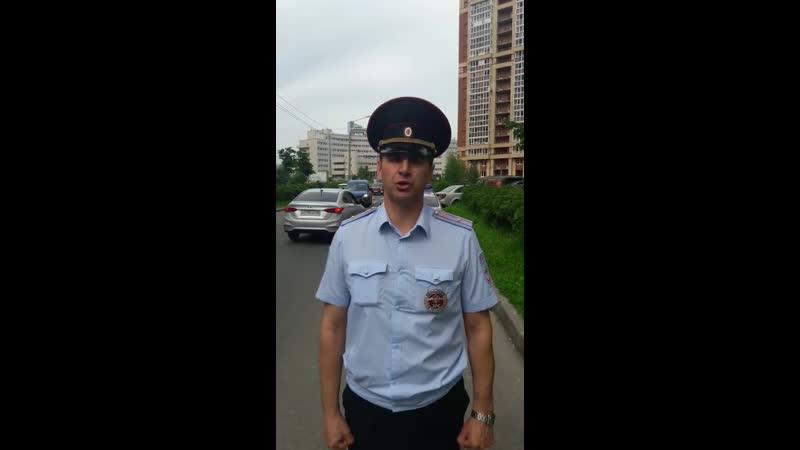 В Приморском районе водитель служебного авто «Почта России» сбил девушку