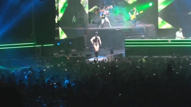 Armin van Buuren feat Christian Burns Bagga Bownz Neon Hero HD 720p
