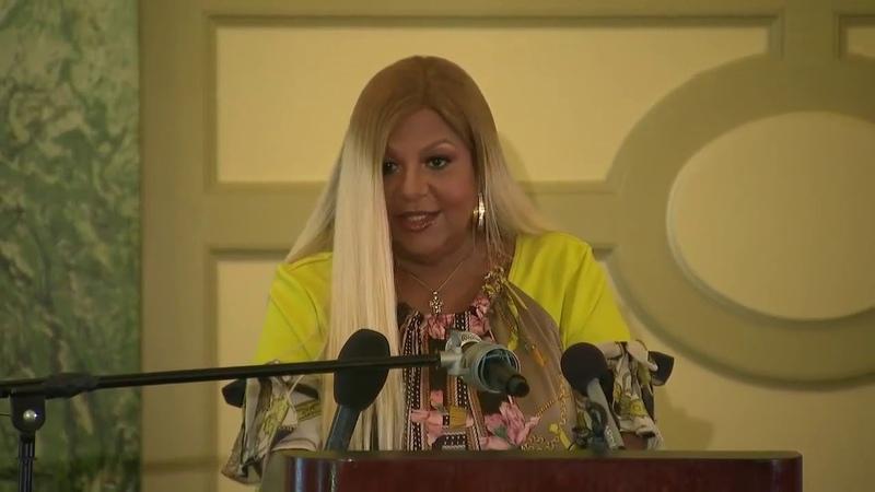 Michael Jackson publicist holds press conference defending singer's legacy_русские субтитры