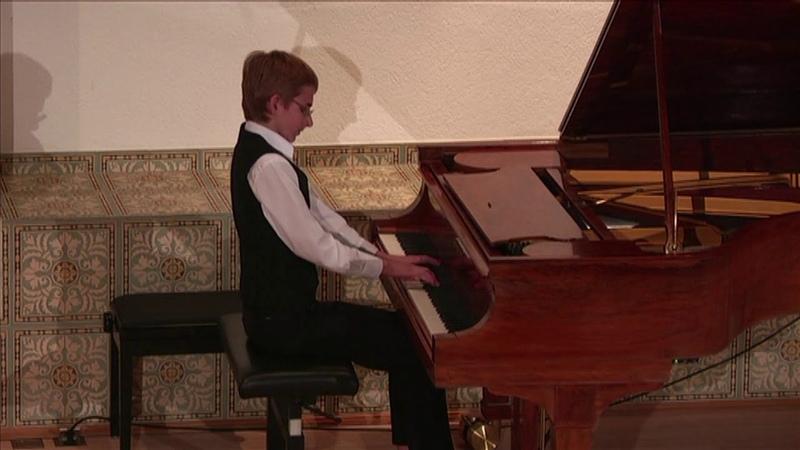 A Skrjabin Etude № 8 b moll Alexander Denisov piano