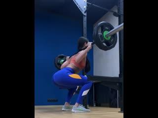 Алина присед 60 кг на 12