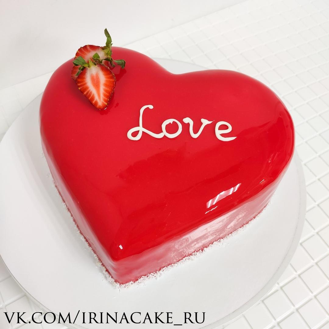 Бисквитный торт с зеркальной глазурью (Арт.668)