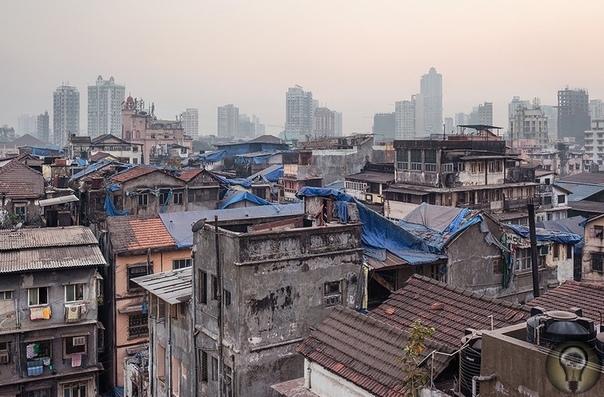 ПРОТИВОРЕЧИВЫЙ МУМБАЙ. Ч.-1 Блеск и нищета Мумбая в одном фоторепортаже.Индийский Мумбай город-муравейник с населением свыше 17 млн человек, больше половины которых живут в трущобах. Один из