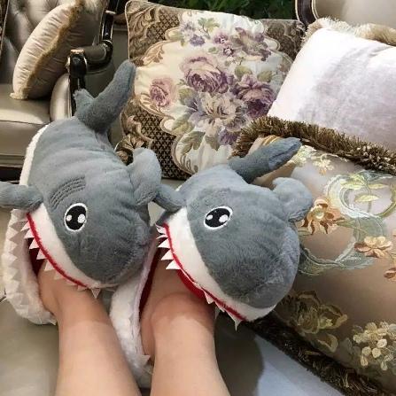 Тапки-акула