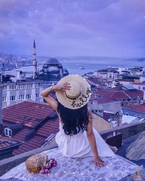 На крыше в Стамбуле, Турция