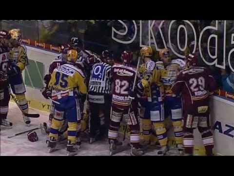 PSG Zlín vs HC Sparta Praha, 31.1.2010 (439 trestných minut)