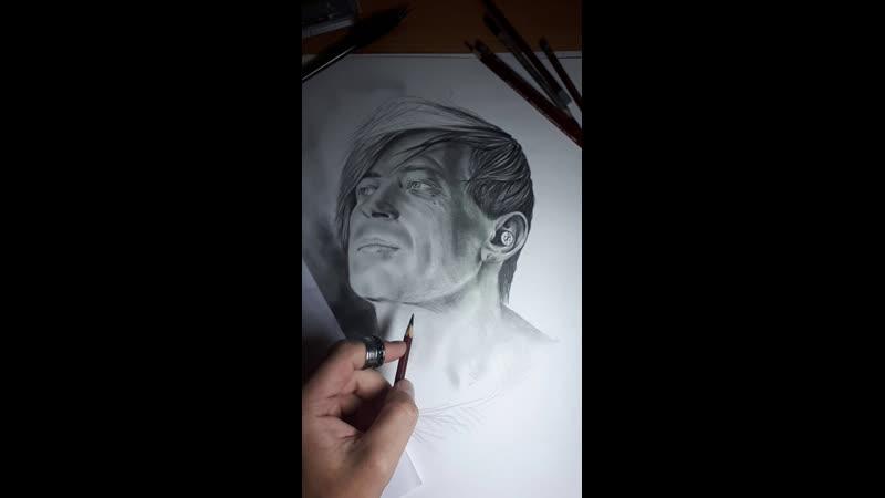 Live: Татуировка в ЖОДИНО,Портрет по фото карандаш,ЧБ