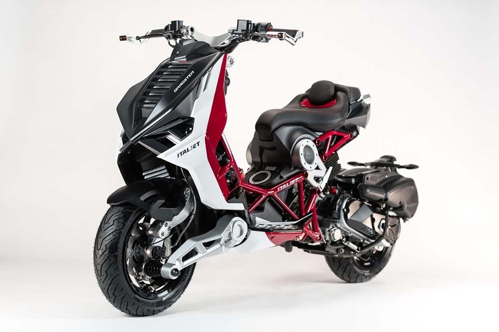 Новый скутер Italjet Dragster 2020