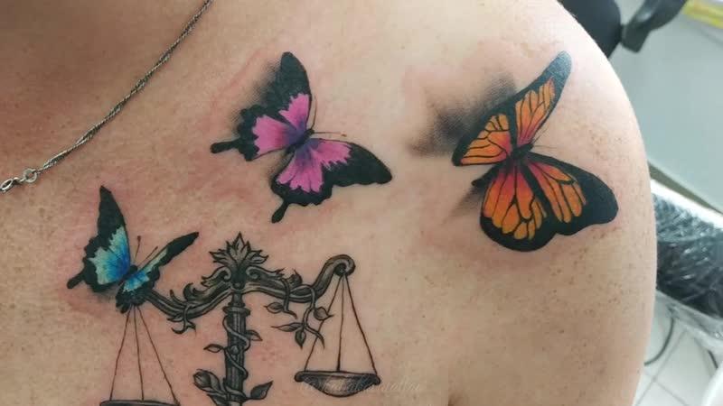 Весы с бабочками