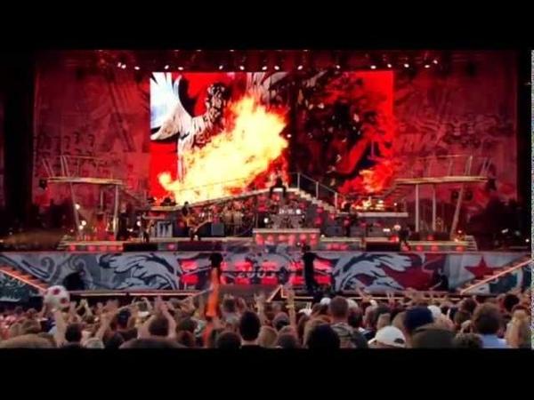 Robbie Williams - Come Undone (Special Version Knebworth 2003)