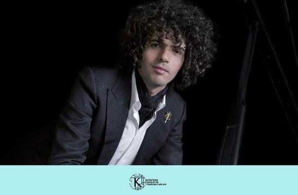 Симон Грэши (фортепиано)