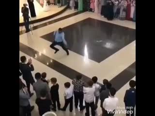танцор диско  MDK DAGESTAN