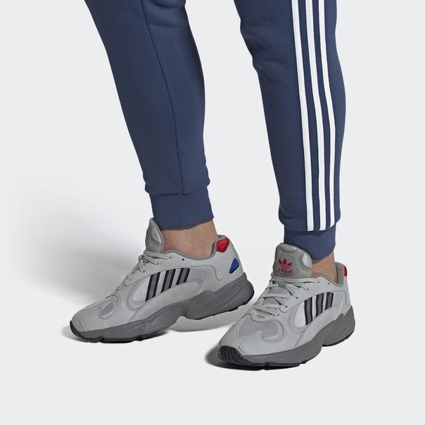 Кроссовки Yung-1