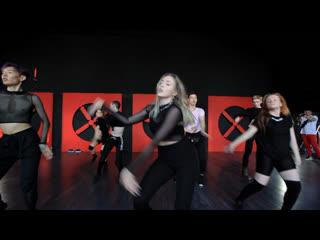 House of ninja  veronika ninja (jay sean — ride it)  heels