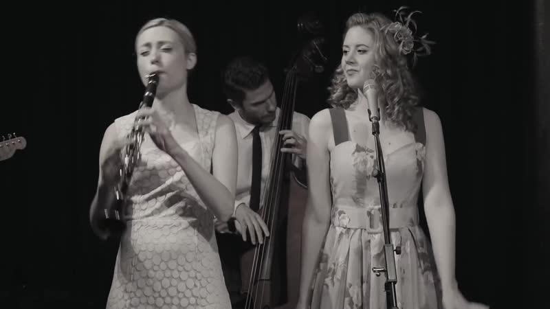 Tu Vuo Fa LAmericano Hetty the Jazzato Band