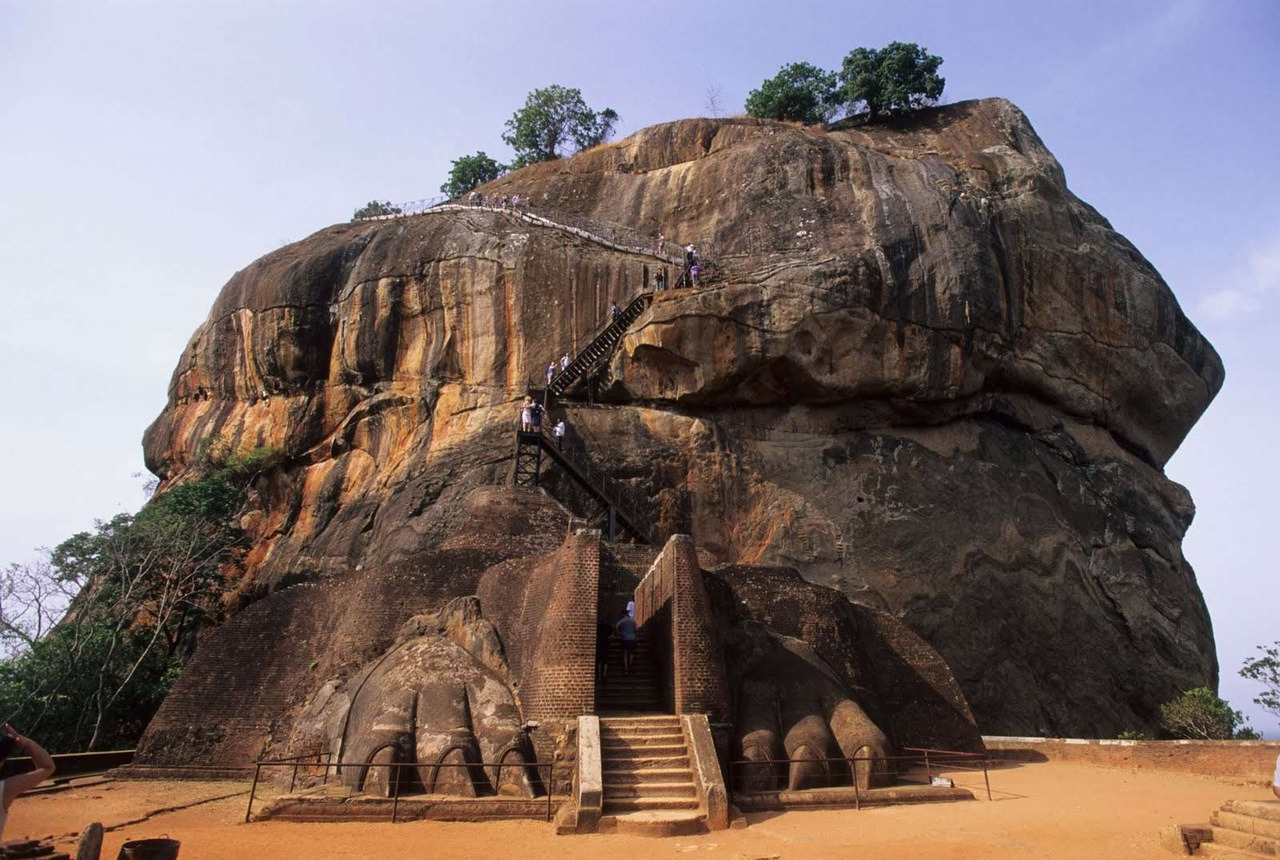 Сигирия — один из самых ценных исторических памятников Шри-Ланки