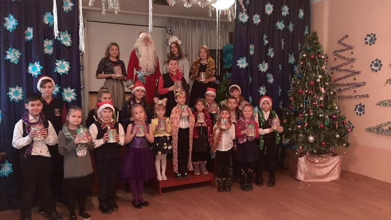 Новогодние подарки для детей прифронтовых территорий членов профсоюза образования от российских профсоюзов, изображение №9
