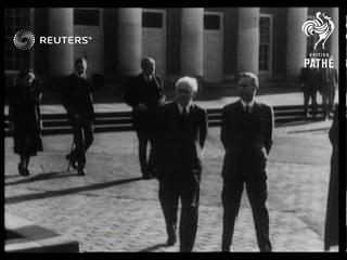 King George VI and Queen Elizabeth visit Marlborough College (1948)