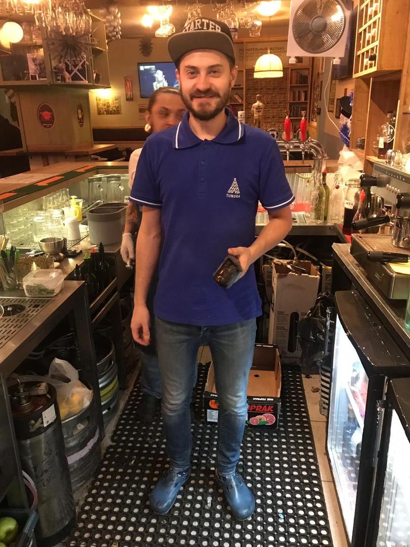 Интервью с барменом бара «Широкую на широкую», изображение №1