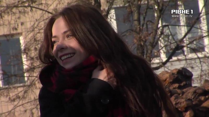 Відому пісню з Відьмака від Netflix рівнянка переспівала українською