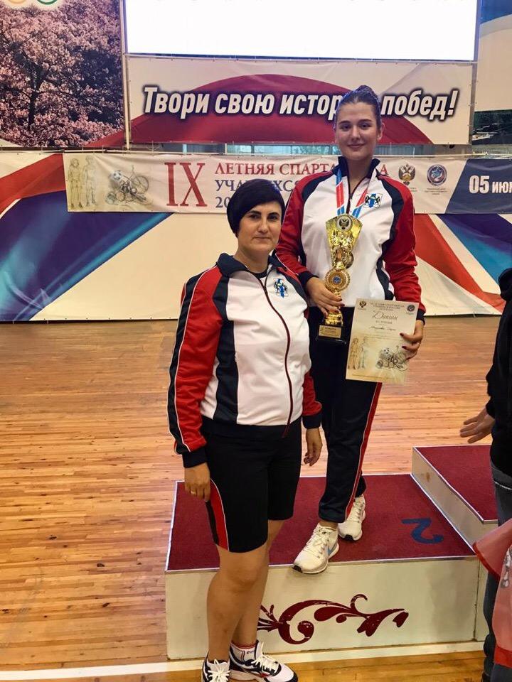 Монухова Дарья серебряный призёр по сабле летней Спартакиады учащихся России 2019 года.