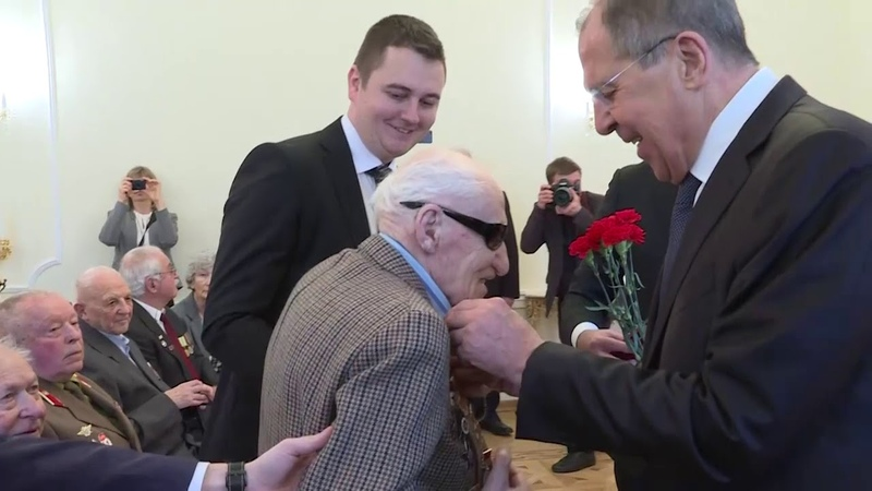 С.Лавров на церемонии вручения ветеранам юбилейной медали «75 лет Победы в ВОВ 1941-1945 гг.»