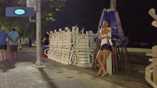 🔴🔴Thailand Pattaya. Girls on the street in Pattaya. Walks along the sea.