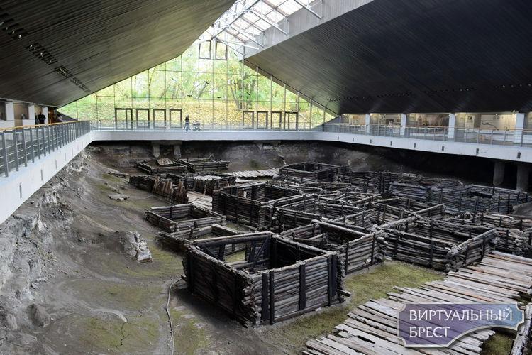 """Древний город под стеклянным куполом - как формировался современный облик """"Берестья"""""""