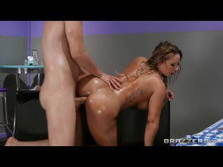 Cali Carter - Yes, In Front of My Salad порно porno