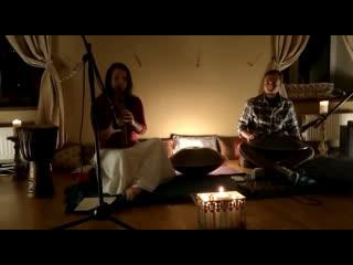 Rav vast drum & pimak (native american flute)
