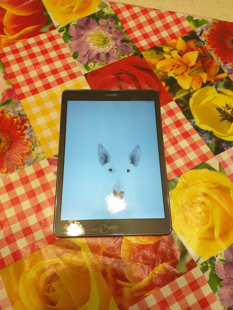 Samsung Galaxy tab A.  Планшет в идеальном   Объявления Орска и Новотроицка №2296