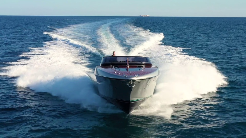 Luxury Yacht - Riva Dolceriva - Ferretti Group