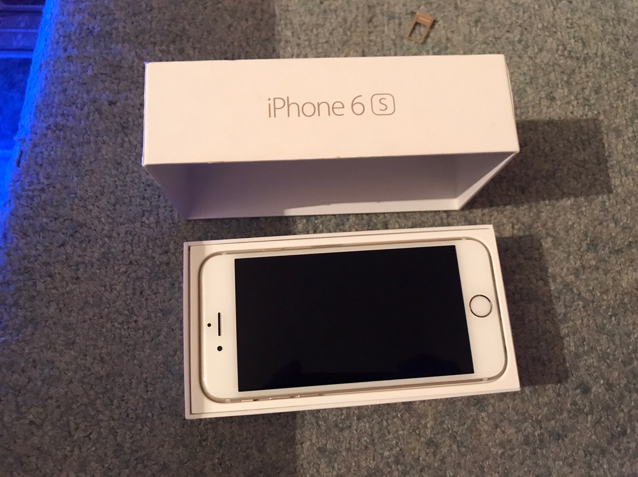 Купить оригинальный Iphone 6s на 16гб. | Объявления Орска и Новотроицка №1618