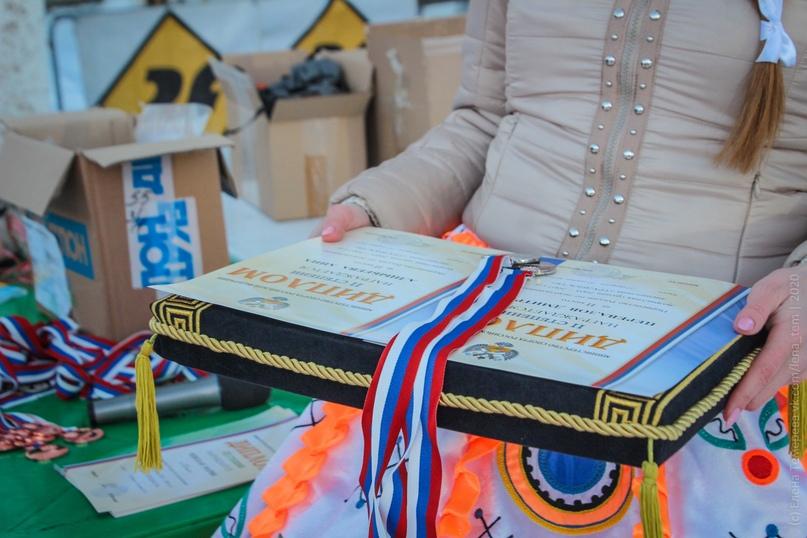 Главные отечественные ледолазные старты сезона финишировали в городе Кирове в минувшие выходные – чемпионат и первенство России по альпинизму. Всем было что доказывать и что терять…, изображение №105