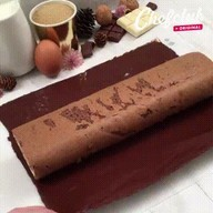 id_54133 Полосатый шоколадный рулет 😋  Автор: Chef Club  #gif@bon