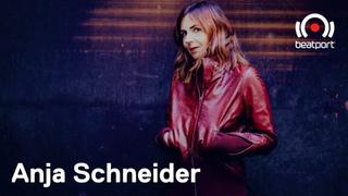 Schneider nackt anja Anja Schneider
