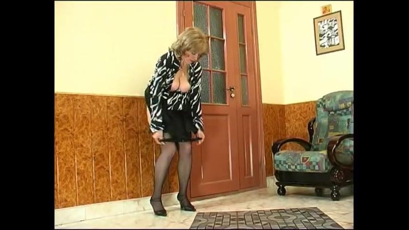 Зрелая мама уговорила сына трахнуть ее   русское порно инцест sissy feet chubby mature milf big tit BBW granny mom anal oral sex