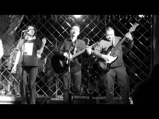 "Форма Скул и Ава Лаврова ""Не надо"" (live )"