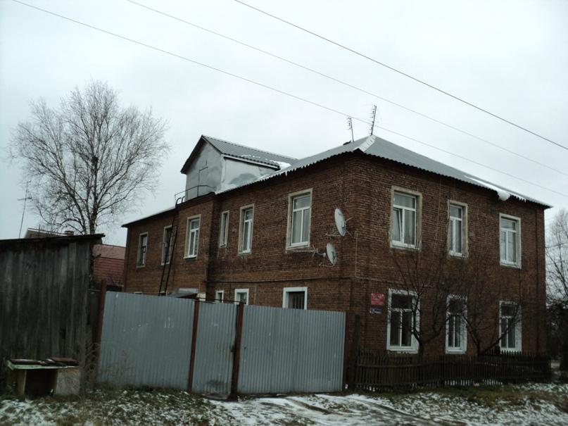 Типовая советская жилая архитектура 50-х годов в Белоомуте., изображение №34