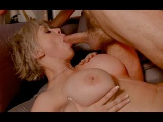 ПОРНО -- ЕЙ 44 -- КУДРЯВЫЙ ТРАХНУЛ СИСЯСТУЮ ТЁТКУ В ТЕМНОТЕ -- porn sex milf -- Dee Williams