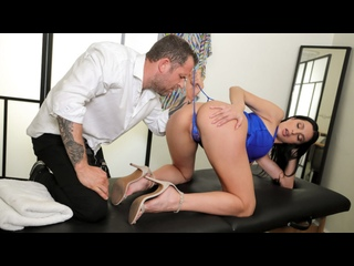 Azul Hermosa - Diva For A Day () [2020 г., Athletic, Bald Pussy, Big Tits, Big Tits Worship, Black Hair, Customer]