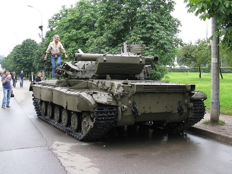 Т-64БВ на Поклонной горе