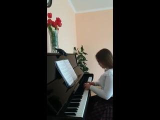 Музыкальную композицию исполняет Цылина Мария