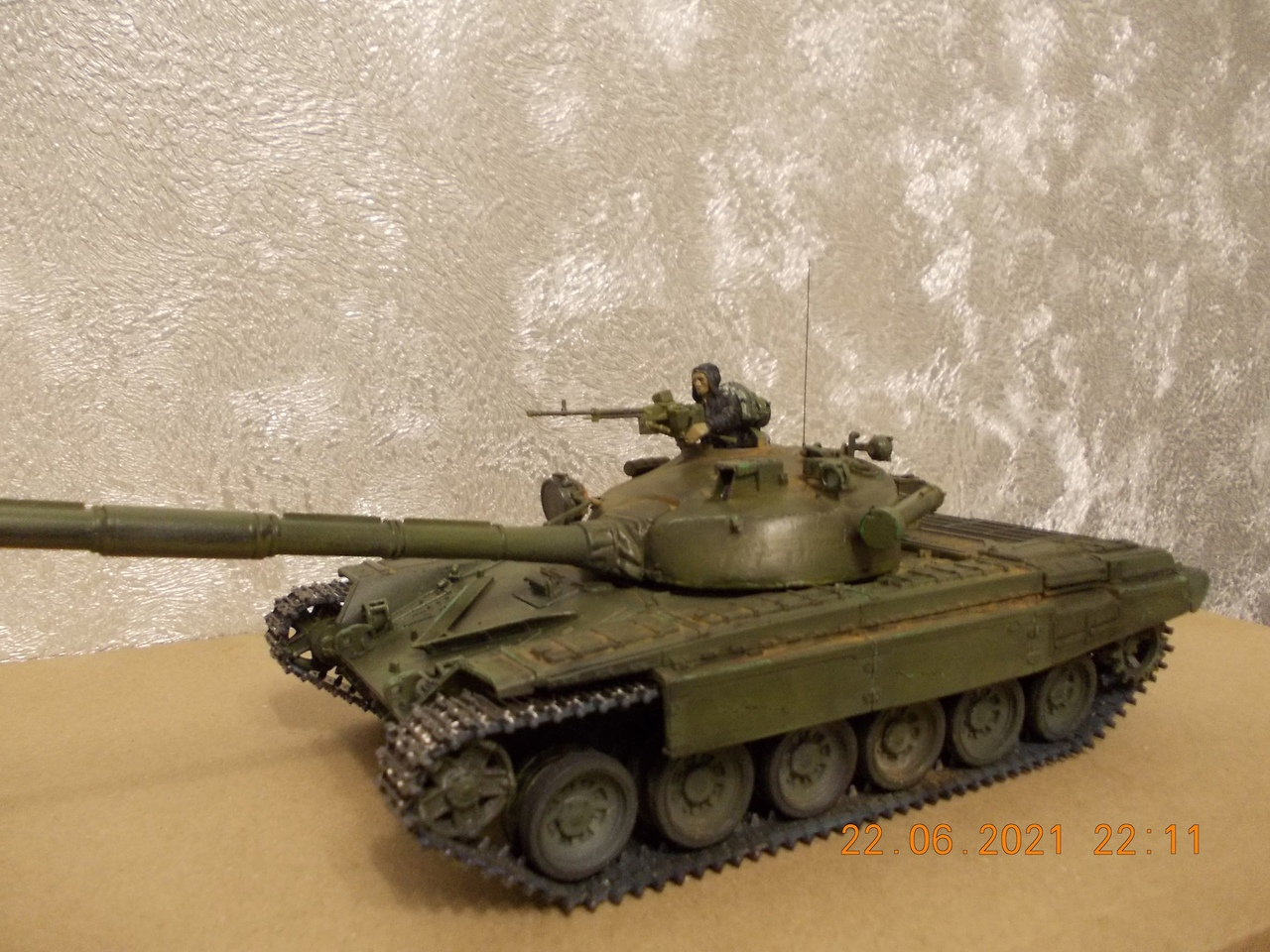"Т-72А, 1/35, фирма ""Звезда"", кат.№3552 VtHbev4XeW8"