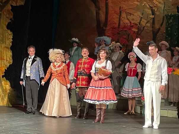 От всей души поздравляем Пятигорский театр оперетты с началом гастролей в Ставрополе!