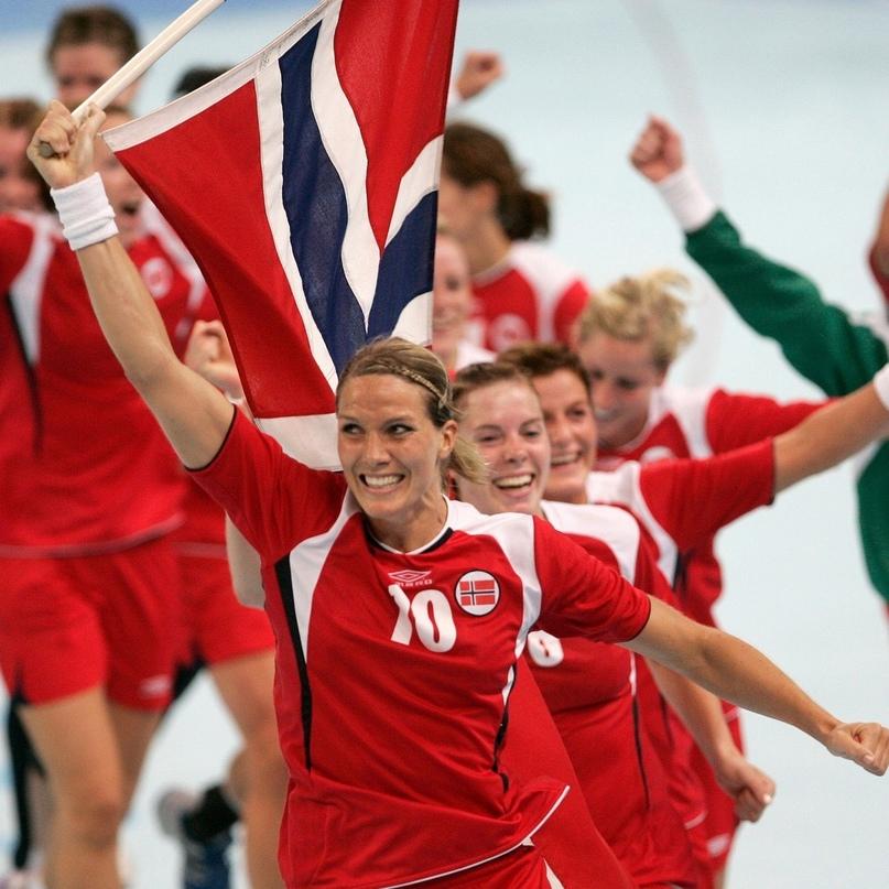 Вспомнить все: девять матчей сборных России и Норвегии в плей-офф топ-турниров, изображение №6