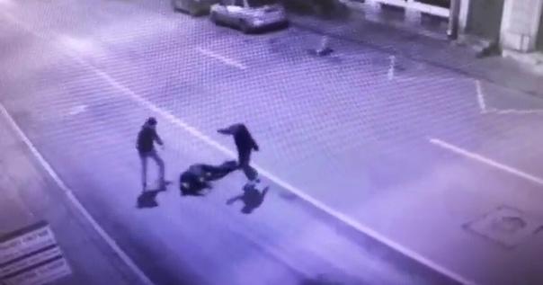 Пьянка в Смоленске закончилась зверским избиениемП...