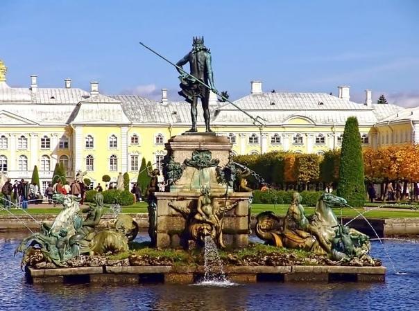 Интересные факты о фонтанах Петергофа  20 августа ...
